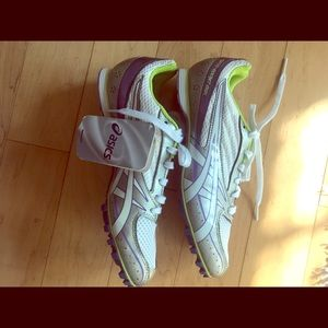 Women's size 7.5 Asics runners brand new with tags